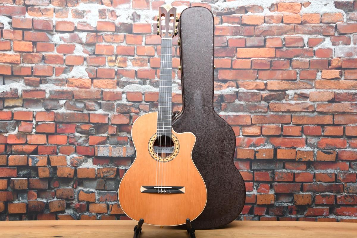 Alhambra Crossover CS-3 S E2 Gitarre